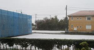 季節外れの積雪
